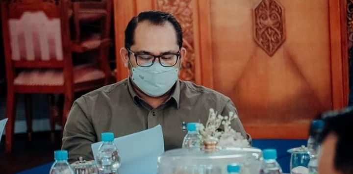 DR. H. Kasmidi Bulang, ST, MM (foto Facebook H. Kasmidi Bulang)